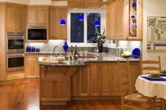 Portfolio: Bathrooms, Kitchens, Living Spaces 1