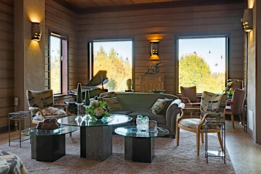 Frank Lloyd Wright-Inspired Living Room 3